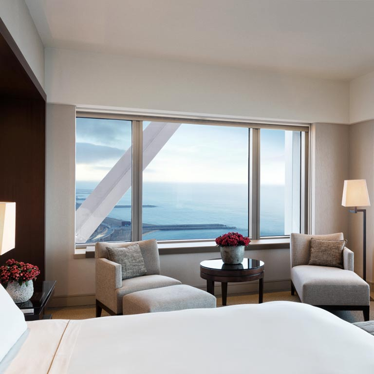 hotel-arts-barcelona-deluxe-seafront-room